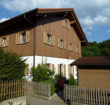 Holzfassade in Föching